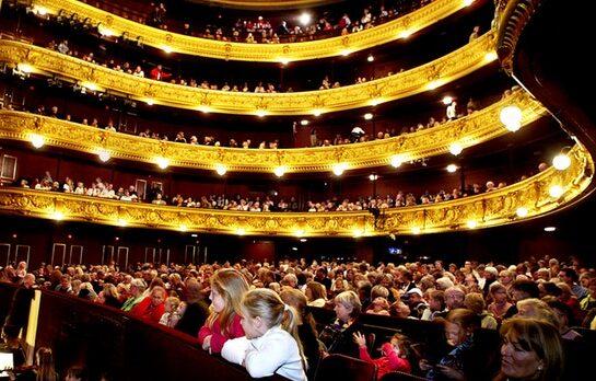 Koncertrejsen til operaforestilling
