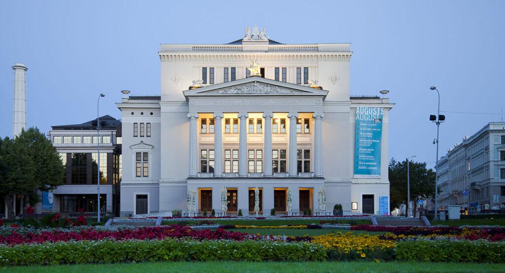 Rejsr med Koncertrejsen i den letiske opera, Riga