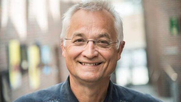 Koncertrejsens gæst, gambist, Henrik Holm