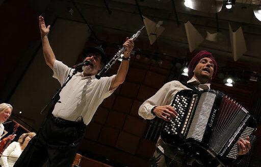 Koncertrejsen præsenterer Singh og Goldschmidt i Viborg