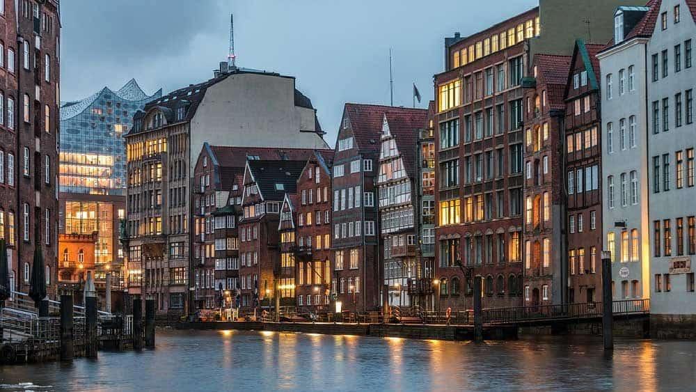 Koncertrejsen besøger Hotel Amaron i Hamborg